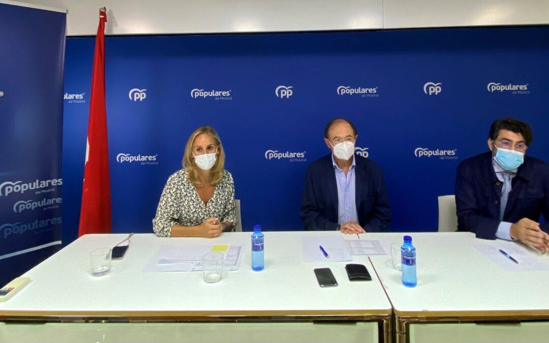 El presidente del PP de Madrid se reúne con el equipo territorial del partido para preparar el curso político